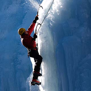 Ice climbing private guide service with Roc et Glace climbing